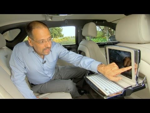 бентли - http://cnetoncars.com This episode of CNET On Cars features the Bentley Mulsanne and all its iPads, plus five cars that will divorce you from gas pumps and B...