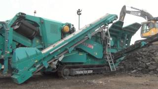 Powerscreen Premiertrak R300 mobile jaw crusher in new colours - New