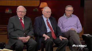 Video Bill Gates, Charlie Munger, Warren Buffett on the socialism versus capitalism debate MP3, 3GP, MP4, WEBM, AVI, FLV September 2019