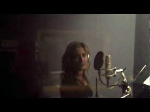 David Guetta feat. Taped Rai - 'Just One Last Time' (Sara Cruz Acoustic Cover)