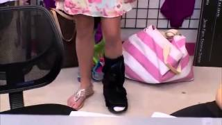 Dance Moms Chloe broke her Foot and can't Dance
