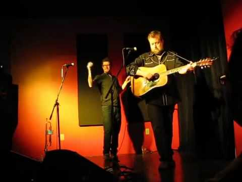 """Skydiggers – """"Dark Hollow"""" (live @ The Company House in Halifax)"""