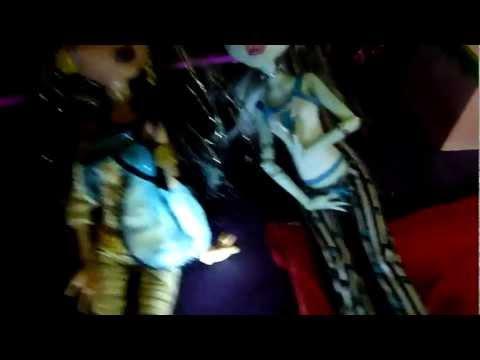 Festa do pijama parte 2 - monster high (BR-PT)