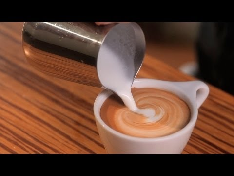 How to Free Pour | Latte Art