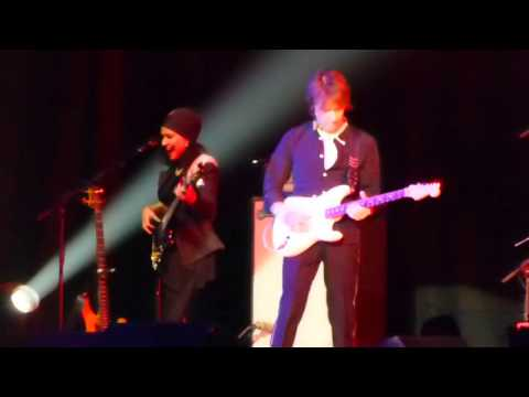 Jeff Beck O2 Arena 2016 : The Revolution Will Be Televised