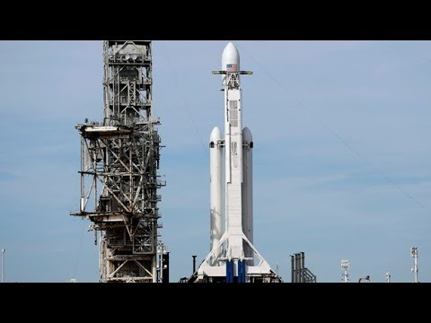 SpaceX Falcon Heavy launch - SpaceX's powerful rocket,  ...