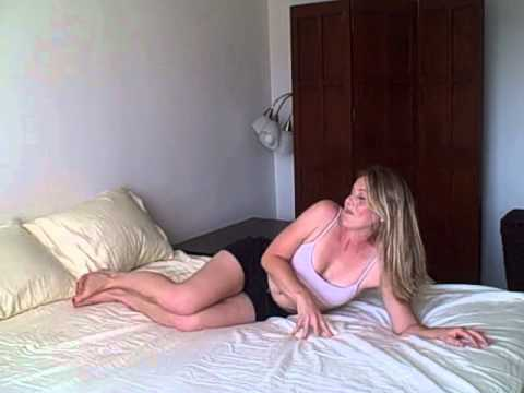 Bikini Body Quickie Workout in Bed w/ Laurel House