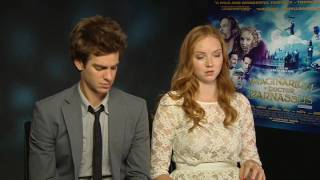 Nonton Lily Cole And Verne Troyer Recall What Heath Ledger Was Like Film Subtitle Indonesia Streaming Movie Download