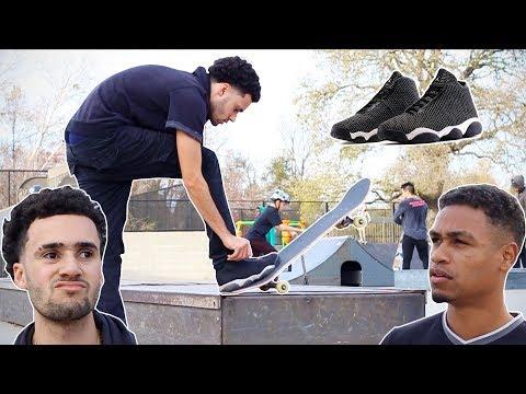 Poser Skating In Jordans At Skatepark (видео)