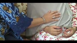 Video Ibu Ani Yudhoyono Datangi dan Elus-elus Perut ibu hamil ini MP3, 3GP, MP4, WEBM, AVI, FLV November 2017