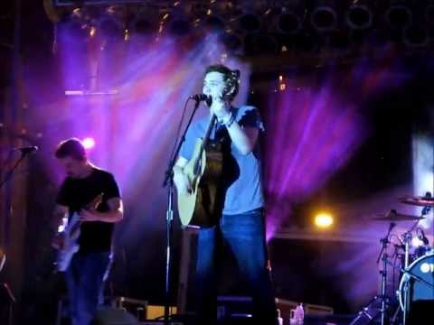 Phillip Phillips - Phillip sings the song then starts jamming with the band like he's in someone's garage. Boy's got some moves! Seriously, it's like we (the audience) are not ...