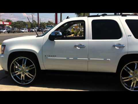 Tahoe on 28s and Caprice on 28s