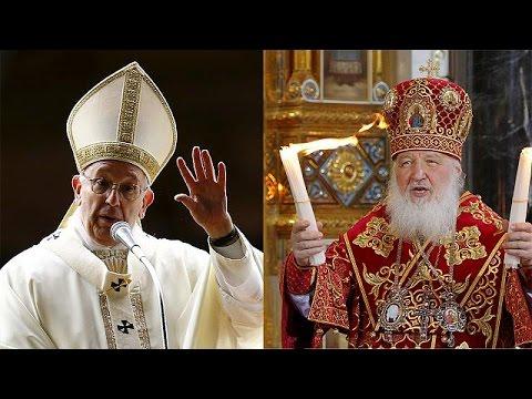 Ιστορική συνάντηση του Πάπα με τον Πατριάρχη Κύριλλο