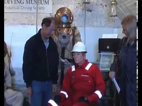 mannequin-man performming as a Museum Dummy:  for The Diving Museum on 25/05/2015