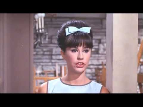 Video ASTRUD GILBERTO - THE GIRL FROM IPANEMA  (1964 with Stan Getz & 1988 ZDF Jazz Club) download in MP3, 3GP, MP4, WEBM, AVI, FLV January 2017