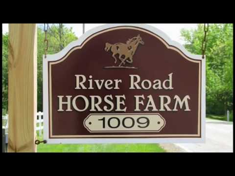 Welcome to River Road Horse Farm in Hinckley