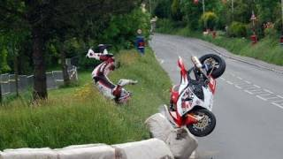 For our foreign fans, you can go to our new english channel named Motorcycle videos by Moto Journal...