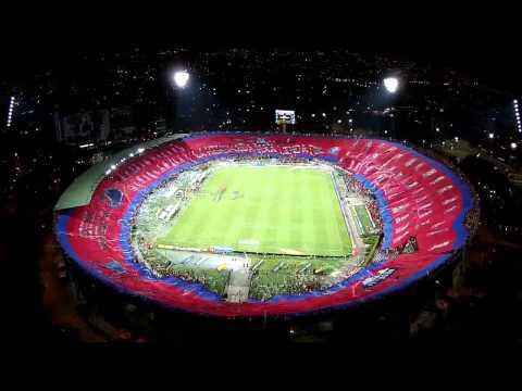 HD- Bandeirão de 360° graus da torcida do Independiente Medellín/COL - 15/11/2014 - Rexixtenxia Norte - Independiente Medellín