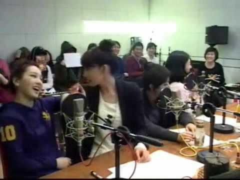 Watch '爆笑女王ユナ(少女時代)に前髪ウィッグは危険事件'