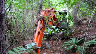 Video Abandoned Excavator left in woods for 16 years- Will it start ?? MP3, 3GP, MP4, WEBM, AVI, FLV Agustus 2019