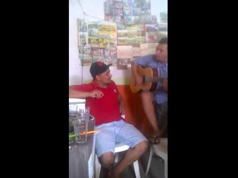 Elosman cantando em Porteiras-ce.