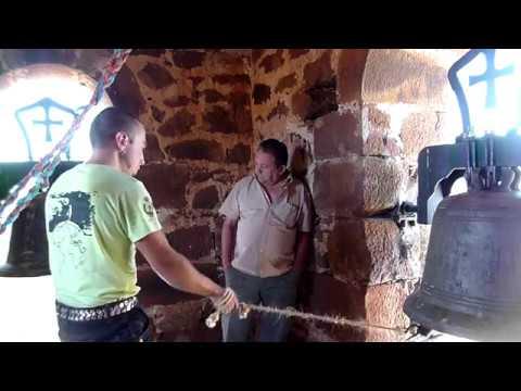 Toque de fiesta y volteo de campanas en Villoruebo
