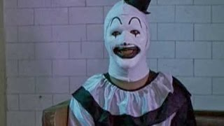 Nonton All Hallows  Eve   First Segment   Very Creepy Clown  Subtitulado  Film Subtitle Indonesia Streaming Movie Download