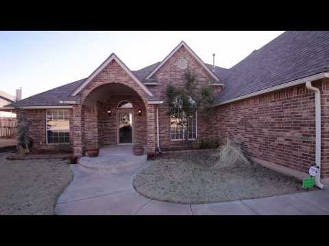 2060 Camelot Dr, Midwest City, OK -  For Sale