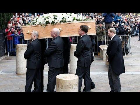 Κηδεύτηκε στο Κέιμπριτζ ο Στίβεν Χόκινγκ