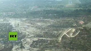 Indonesia: Servicios de emergencia realizan un dramático aterrizaje en el lugar del tsunami
