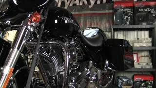 10. Kuryakyn Garage: Harley Davidson Street Glide Engine Accents Install