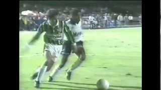 Palmeiras 4 x 0 Corinthians - 2º jogo da Final - Paulistão 1993 - Melhores momentos FICHA TÉCNICA: Data: 12/06/93 Local: Morumbi Juiz: José Aparecido de ...