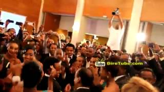 Tsegaye Eshetu Sings At Teddy Afro Wedding