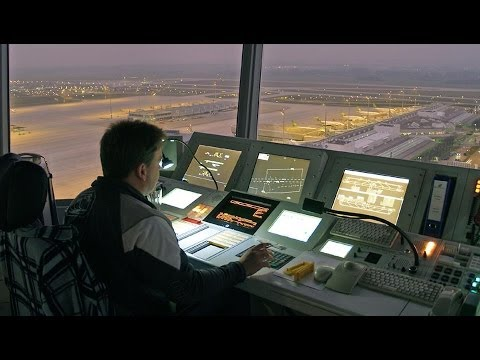 Fluglotsen in Deutschland Reportage Frankfurt Flughafen
