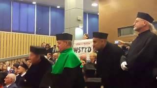 Protest w trakcie inauguracji nowego roku akademickiego na UMCS.