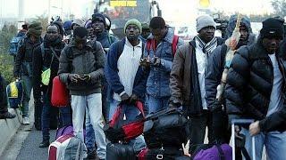 Fransa ülkenin kuzeyindeki Calais'de Birleşik Krallık'a geçme umuduyla sığınmacıların kaldığı
