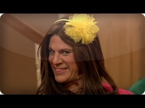 CHANNING TATUM - Subscribe NOW to Late Night with Jimmy Fallon: http://full.sc/IcjtXJ Sara invites her friend Susie over to talk all things ew. Watch Late Night With Jimmy Fa...