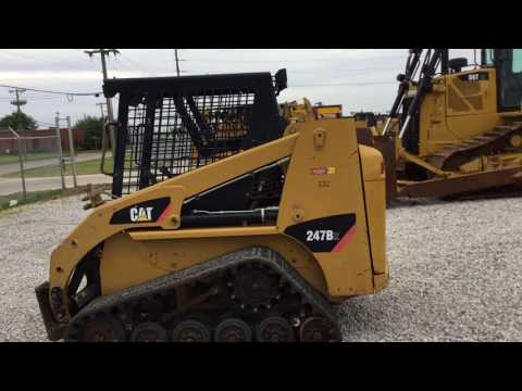 CATERPILLAR SKID STEER LOADERS 247B2STD1O equipment video sIofkawiWX8