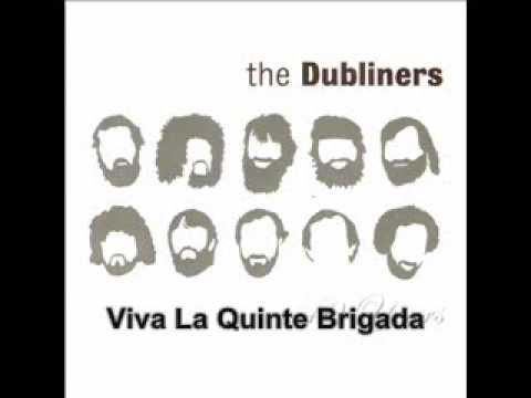 Tekst piosenki The Dubliners - Viva La Quinta Brigada po polsku