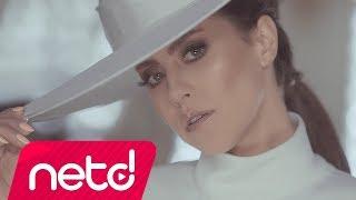 Video Derya Uluğ - Ne Münasebet download in MP3, 3GP, MP4, WEBM, AVI, FLV January 2017