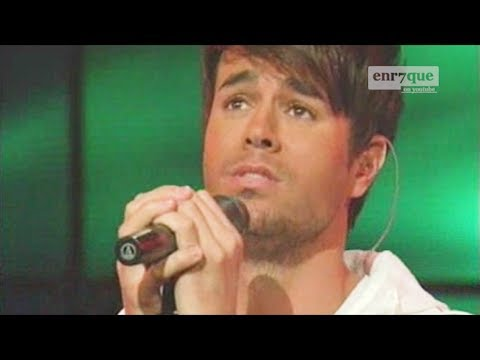 Enrique Iglesias & Sean Garrett - Away (LIVE)