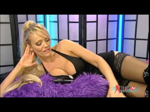 lucy zara talking with Stockings (видео)