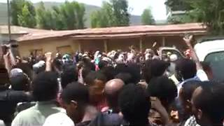 Ethiopian Muslims continue their strong Demonstration at Weldiya City]