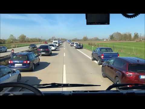 Ihailtavaa toimintaa autoilijoilta saksassa kun pelastajat ajavat kolaripaikalle