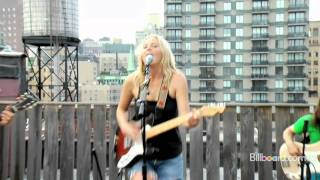 """Lissie - """"Bully"""" LIVE"""