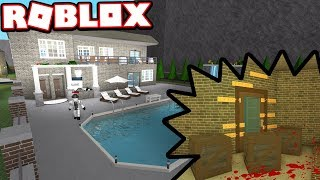 THIS $500,000 MANSION HAS A DARK PAST!!!   Subscriber Tours (Roblox Bloxburg)