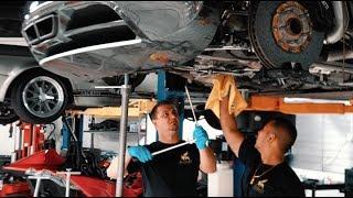 Video Bugatti Veyron $21K Oil Change ?.. Ehhh, I'll do it Myself ! MP3, 3GP, MP4, WEBM, AVI, FLV November 2018