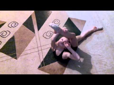 Художественная гимнастика как сделать колбасу