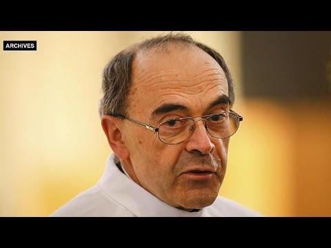 Αθώος ο αρχιεπίσκοπος της Λυών