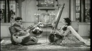 Sangeetha Lakshmi Movie Songs || Paataku Pallavi Pranam || NTR || Jamuna